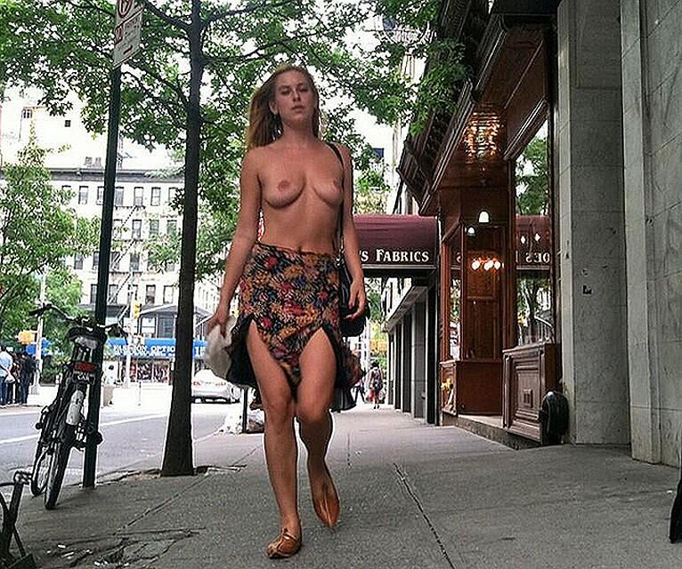 Hot naked women in new york, jennifer snake porn