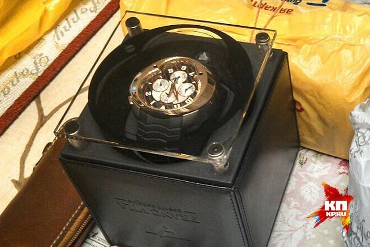 Наручные часы арестованного сахаллинского губернатора. Фото: СК РФ