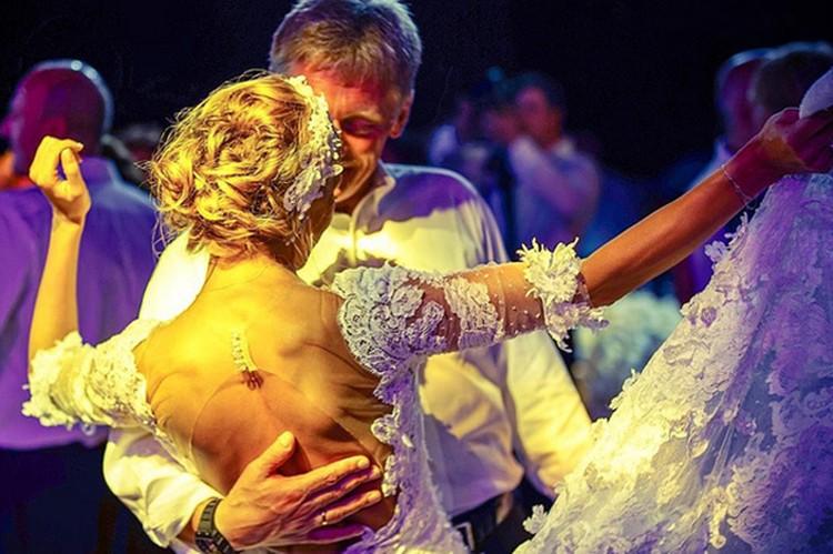 Счастливая невеста поделилась первыми впечатлениями после торжества и рассказала о свадебном подарке супруга