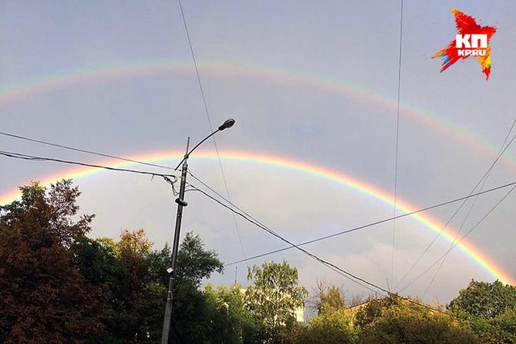 Отчего бывает двойная радуга? А нет понятного объяснения!