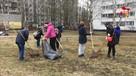 Субботник по-петербургски: лопаты, метлы и… саксофон
