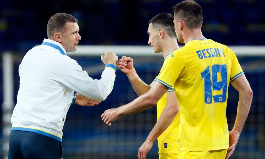 Главный тренер сборной Украины Андрей Шевченко и его команда вышли в плей-офф Евро-2020. Фото: Reuters